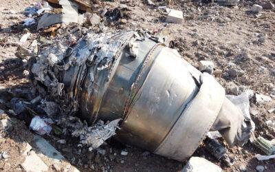 """Irán afirma que derribó el avión de pasajeros ucraniano """"involuntariamente"""" debido a un error humano"""